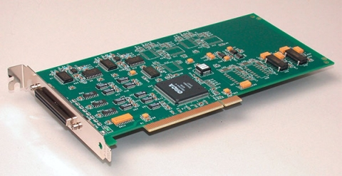 DT332  PCI Data Acquisition Board, 12-bit, 8 analog outputs, DIO